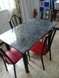 Mesa 4 cadeira granito pesado Medi 1.20x80 pouco uso ótimo estado