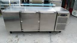Vendo um balcão refrigerado marca maçom 220