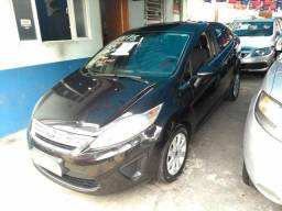 New Fiesta 2013 1.6 Flex Sedan completo vendo ou troco - 2013