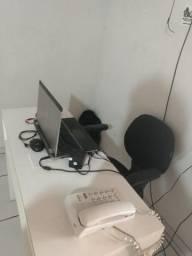 Mesa de escritório nova pra vender logo