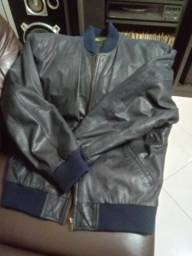 Jaqueta tam 52 couro lixado importado