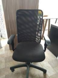 Cadeira Presidente em Tela - Produto Novo