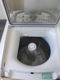 Máquina de lavar 12kg ( Lava e seca) novinha