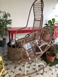 2 Cadeiras de balanço de ferro