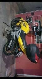 Cbx250 twister 2008 amarela