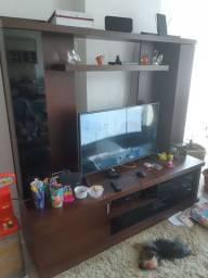 Rack pra TV de madeira