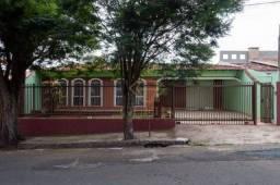 Casa residencial, Champagnat, Londrina, 270m² CA0678