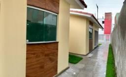 MC - Vendo lindas casas em pau amarelo