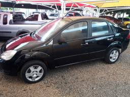 Ford Fiesta sedan 1.0 flex