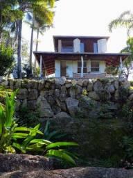 Casa com Vista panorâmica. Aluguel anual