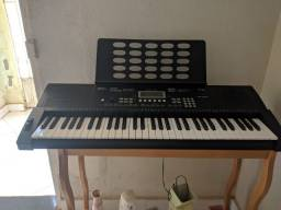 Teclado Musical Profissional Em Perfeito Estado Revas KB330 61 Teclas