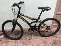 Vendo bike em bom estado de conservação