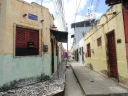 Kitnet para aluguel tem 26 m² com 1 quarto em Parque Araxá - Fortaleza - CE