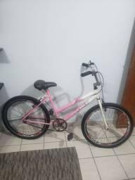 Bicicleta feminina boa