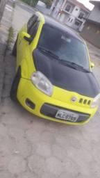 Vendo ou troco por outro carro uno amarelo