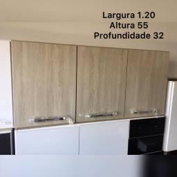 Armário aéreo de cozinha / lavanderia