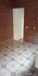 Exc Sobrado Arejado 4 cômodos e Varanda Ampla Jd Mirizola rua sem saída tranquila
