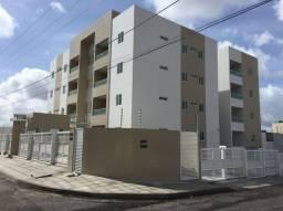 Apartamento Térreo com 02 quartos e Área privativa no Bairro do Cristo