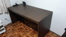 Mesa de computador/ escritorio