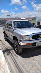 Hilux 2004 hiper conservada(carro de idoso)