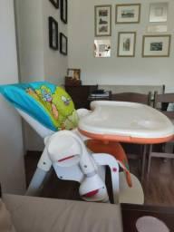 Cadeira de alimentação para bebê.