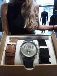Várias opções de relógios na promoção
