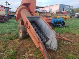 Colhedora de milho foguetinho no estado - Usada