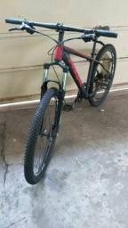 Bike aro 29 com freio hidráulico (Preço Negociável)