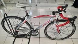Bicicleta Speed Pinarello FP7