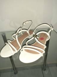 Sandália e scarpin Confort N°34