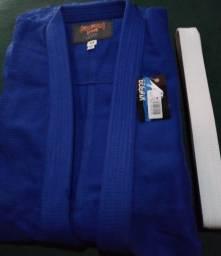 Kimonos Trançados de Judô Tamanho A3 é A4 ótimos preços
