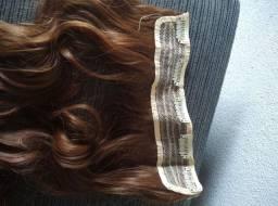 Aplique de cabelo sintético