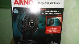 ventilador Arno preto