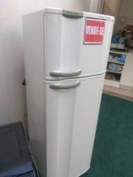 Vendo Refrigerador Electrolux.