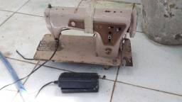 Maquina de costura Singer 150.00