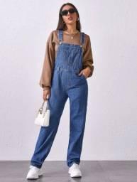 Jardineira jeans shein