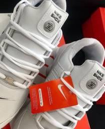 Nike shox original com etiqueta modelo Nz branco de couro