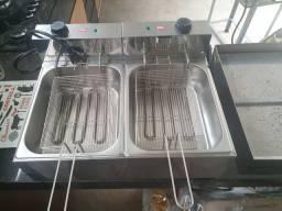 Vendido fritadeira de 10 litros elétrica nunca foi usada.
