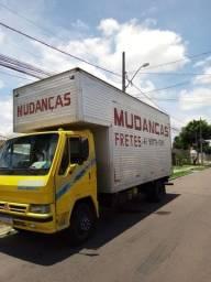 Mudanças e viagens caminhão baú