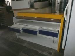 balcão roxo e amarelo - com tampo e sob tampo e com 3 gavetas