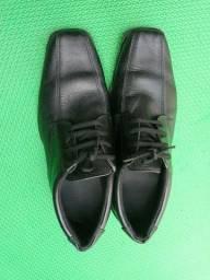 <br>Sapato (pontuação 42/43)
