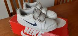Tênis Nike original tamanho 30