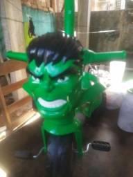 Vendo carrinho de passeio do Hulk