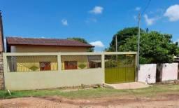 Vende-se no bairro Uruará