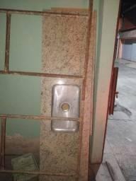Pia de cozinha em mármore bege Icaraí 2,00m