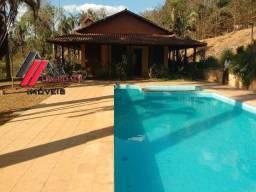 Sitio de 13.800 m² com casa de 287 m², piscina, campo de futebol, em Betim/MG. Cod:338