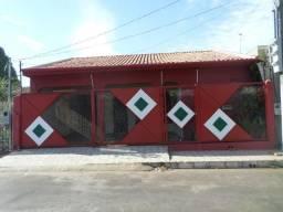 Aluga-se casa comercial/residencial na Coophalis