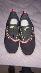 Roupas e calçados Unissex - Vila Nova 5d66e9a07f9