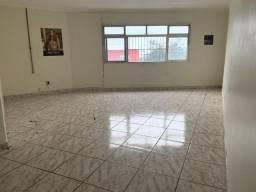 Excelente apartamento (sobreloja) com 3 quartos sendo q suíte