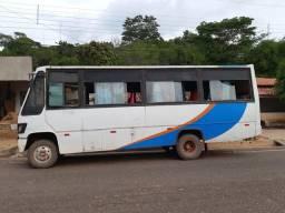 Micro onibus708 vendo e troco tel. *04 - 1988